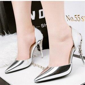 Image 2 - 2019 حذاء نسائي ذو كعب عالٍ و مجموعة الحقائب للحفلات المعدنية الكورية مدبب تو بلينغ السيدات الذهب