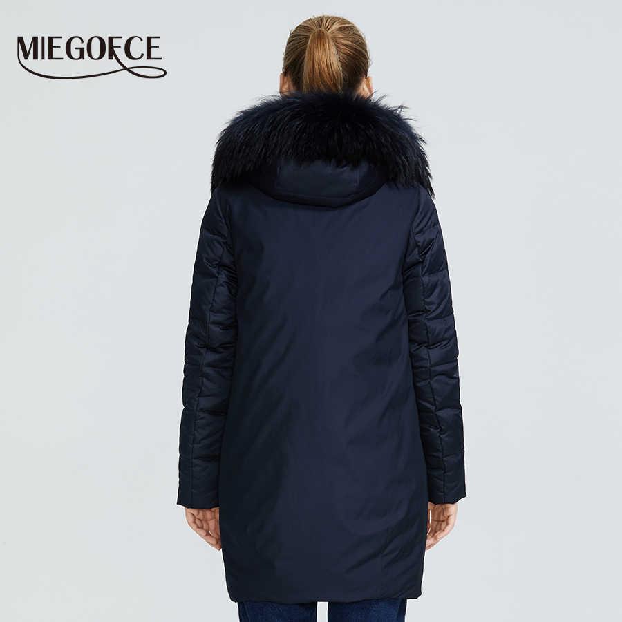 Miegfce 2019 nueva chaqueta de colección de Invierno para mujer abrigo de diseño extraordinario con capucha hasta la rodilla de piel Parka para mujer cálida