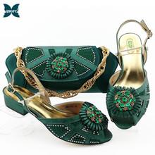 New Arrival kolor zielony nigeryjskie damskie buty i torebka w zestawach pasujące włoski projekt kobiet zestaw butów z torebką na niskich obcasach tanie tanio QSGFC Pantofle Kopyt obcasy Med (3 cm-5 cm) Pasuje większy niż zwykle proszę sprawdzić ten sklep jest dobór informacji