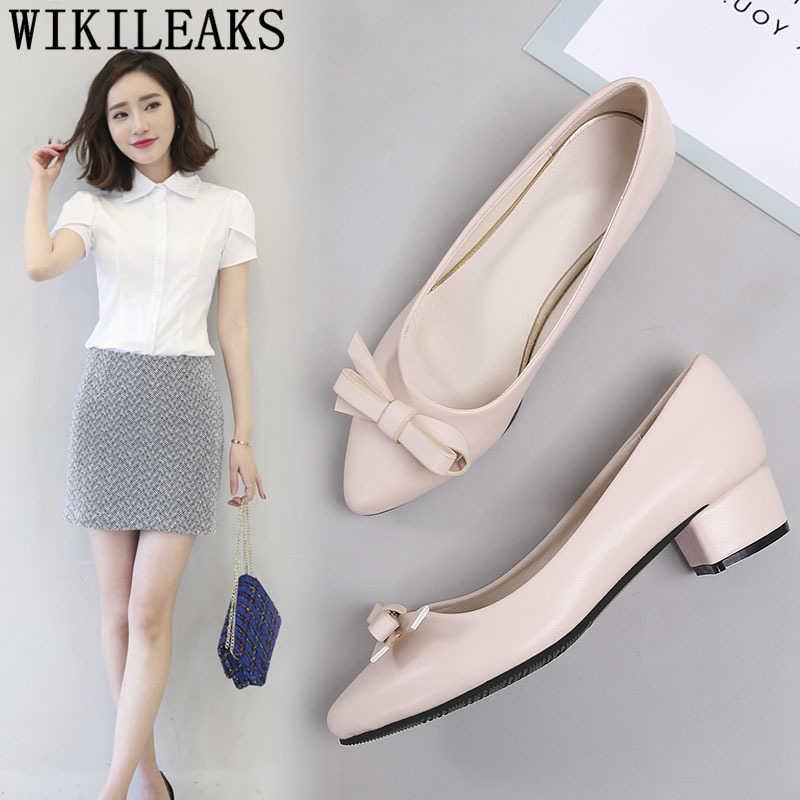 Tacco basso scarpe di san valentino scarpe tacchi alti neri A Punta Top pompe delle donne fetish tacchi alti pattini di vestito delle donne di stile coreano delle donne