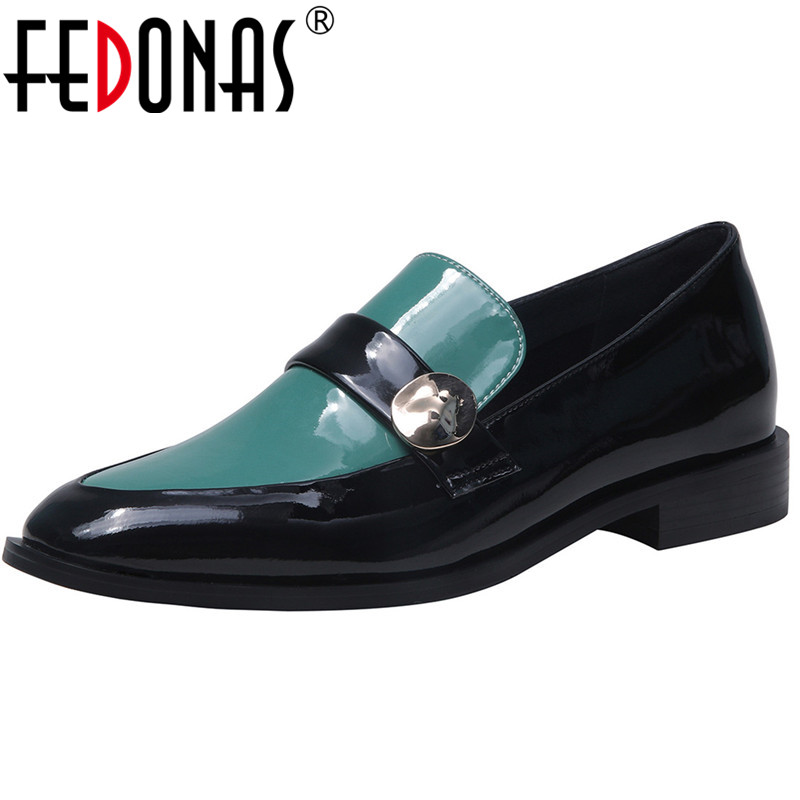 FEDONAS 2020 Fashion Women Pumps Spring Metal Decoration New Patent Leather Night Club Thick Heelled Classic Design Shoes Woman