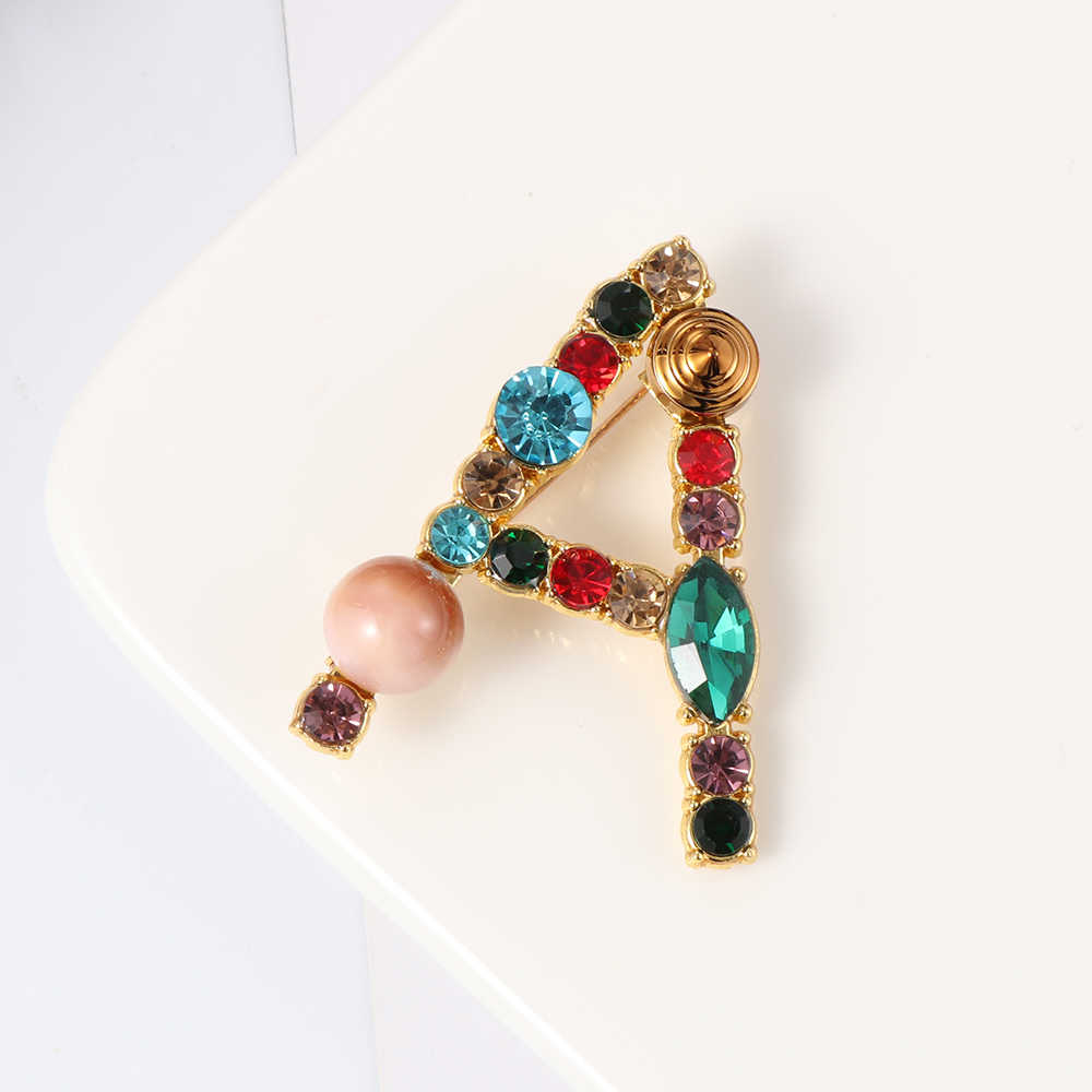 Luxury Mutiara Crystal Huruf Bros Pin untuk Wanita Laporan Perhiasan Pernikahan Pengantin Bros Hadiah