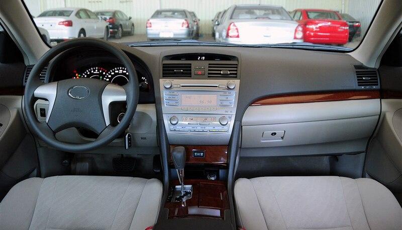 カムリ 車ラジオ DVD ギガバイトカー 2