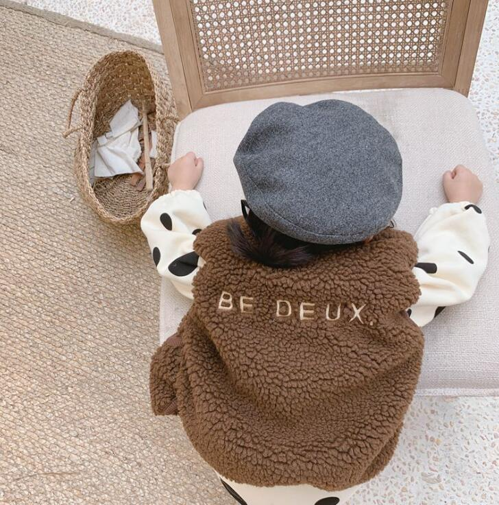 Новинка года,, утепленный жилет для девочек и мальчиков Модный зимний флисовый жилет для детей от 1 до 6 лет
