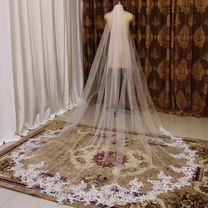 Image 4 - High Quality 3 Meters Long Wedding Veil Lace Appliques Bridal Veil with Comb White Ivory Veil for Bride Welon