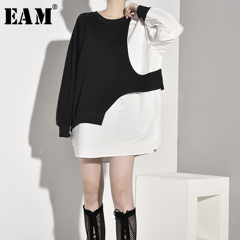[EAM] Women Loose Fit Contrast Clor Big Size Long T-shirt New Round Neck Long Sleeve Fashion Tide Spring Autumn 2020 1B9290