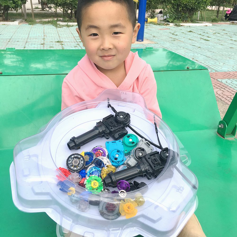 Free shipping 4D 8PCS BEYBLADE BURST WITH 5PCS Launcher and 2pcs black handle bar and big white beystadium more than 20 spare pa