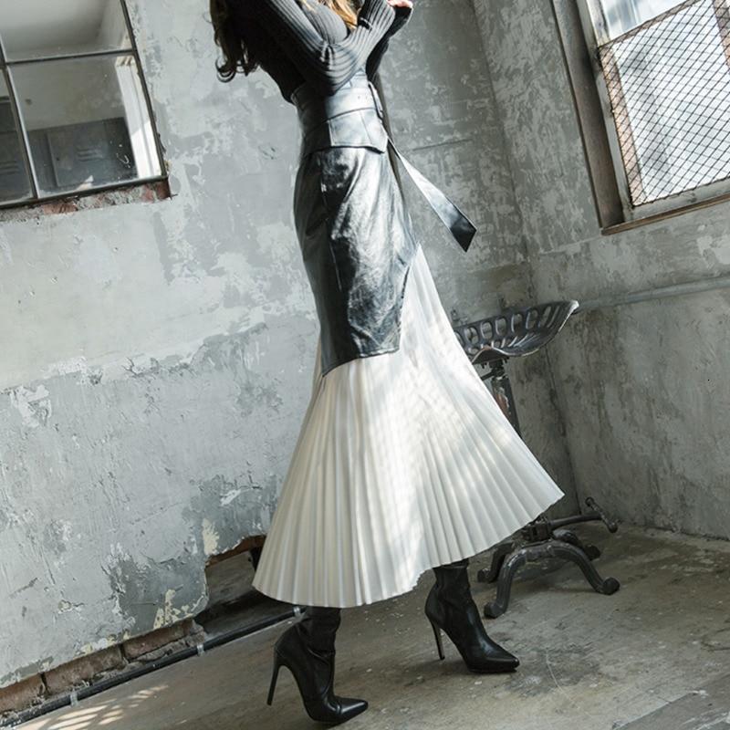LANMREM 2020 Skirt Winter Women's New Big Swing A-line Pleated Skirt High Waist Wild Fashion Was Thin Leather Skirt PC302