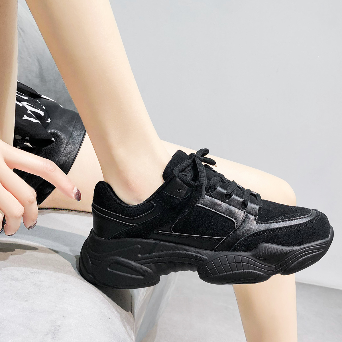 Platform Women Sneakers White 2021 Spring Sport Thick Sole Lady Leisure Shoes Lace Up Comfortable Female Chunky Sneakers Fashion