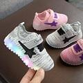 Модная спортивная обувь для маленьких мальчиков и девочек; светодиодные кроссовки; детская дышащая сетчатая нескользящая обувь; детская по...