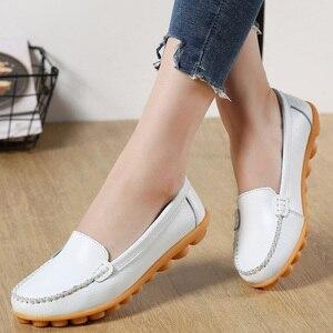 Kobiety mieszkania oryginalne skórzane buty damskie letnie mokasyny przypadkowi płaskie buty damskie mokasyny miękkie buty pielęgniarskie baleriny Plus rozmiar 44