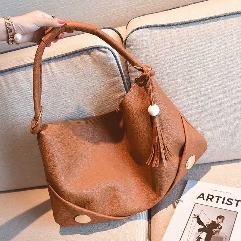 Casual Tassel Revit Women Shoudler Bags Designer Hobos Handbags Luxury Pu Leather Messenger Bag Chic Handle Large Totes Purses in Shoulder Bags from Luggage Bags