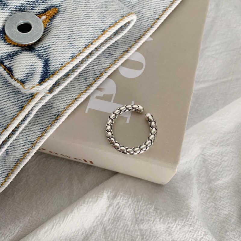 手作り指輪女性ビッグラウンドレトロビンテージパーソナリティ品質オープンインデックスリングシルバーカラージュエリー