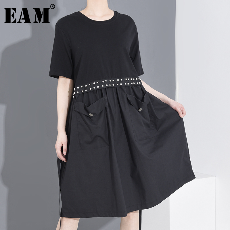 [EAM] Women Black Pocket Rivet Split Joint Dress New Round Neck Short Sleeve Loose Fit Fashion Spring Summer 2020 2208 1T969