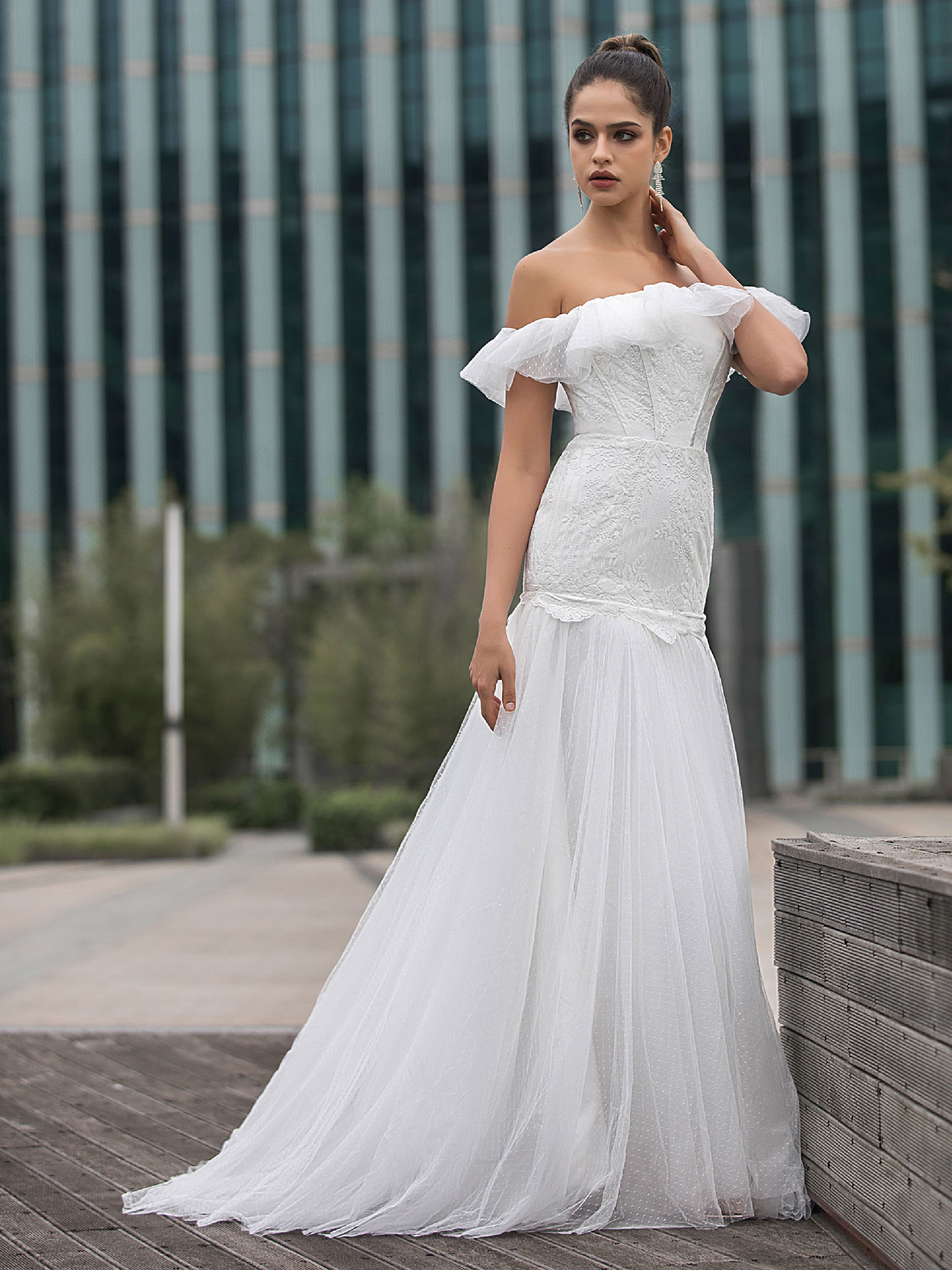 White Ivory Lace Bridal Wedding Dresses Ruffle Sweep Train Gown Custom size