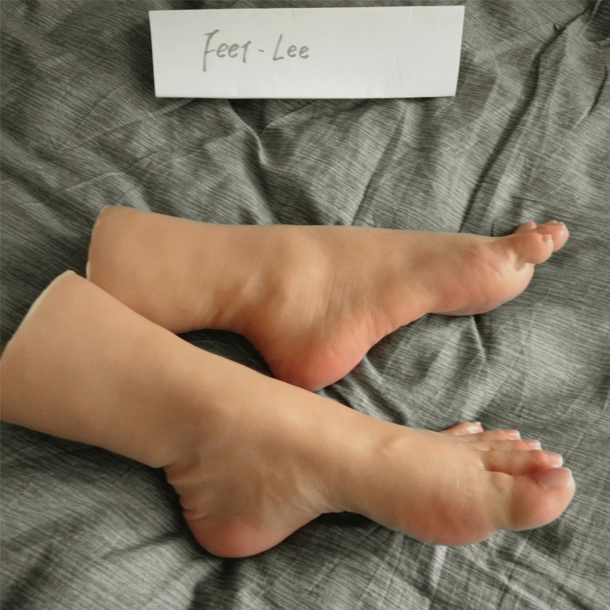 1 Pair Wife's Feet Angry Foot Model Sex Toys Products For Men Realistic Pussy Dolls