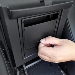 Accessoires de voiture pour Tesla modèle 3 2017 2018 2019 Auto accoudoir boîte rangement organisateur conteneurs Transparent caché boîte de support