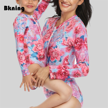цена One Piece Swimsuit Floral Parent-child Swimwear Women Print Long Sleeve Zipper Mother Daughter Family Matching Outfits Swim Suit онлайн в 2017 году