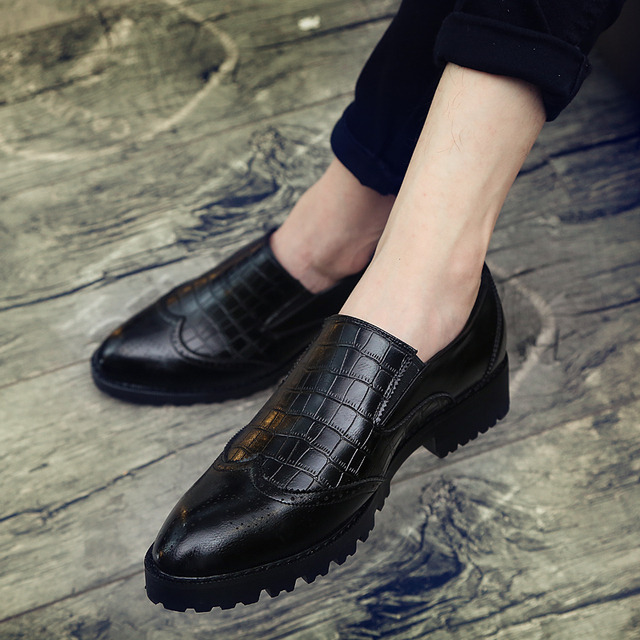Italian Mens Dress Shoes loafer Luxury Leather Shoes Fashion slip on brogue Vintage Retro Party Formal Business Shoes for Men 1