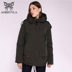 Image 3 - AORRYVLA 2020 yeni bayan kış ceket kapşonlu rüzgar geçirmez askeri ceket büyük cep kadın kış giyim rahat sıcak kadın Parkas