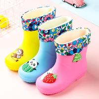 Anne ve Çocuk'ten Botlar'de Yağmur çizmeleri çocuk Boys kaymaz lastik çizmeler yürümeye başlayan kızlar su geçirmez su ayakkabısı sıcak çocuk Rainboots dört mevsim Remo bebek