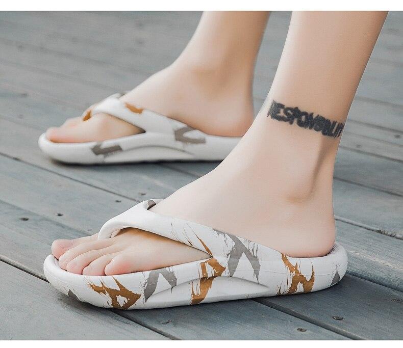 Anti-Slip Wear-Resistant Flip-Flops