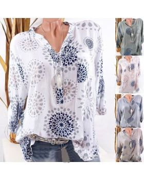 Large size long sleeve blouse 2020 V-neck long sleeve fashion printed shirt attractive floral printed v neck long sleeve blouse for women
