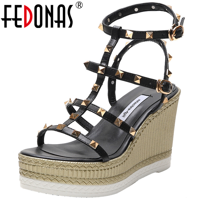 FEDONAS 2020 Rome Style Summer Women Sandals Wedge High Heels Open Toe Metal Rivets Shoes Fashion New Slip On Shoes Woman