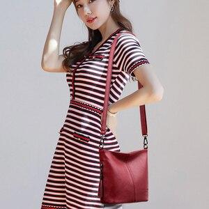 Image 2 - Senhoras quentes mão crossbody sacos para as mulheres 2020 bolsas de luxo bolsas femininas designer pequeno couro bolsa de ombro bolsas femininas sac