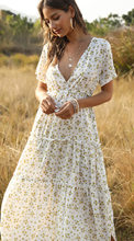 2021 New European And American Ladies' Dresses, Pleated And Floral Bohemian Dresses + Casual, Fresh, Beautiful And Generous Wome
