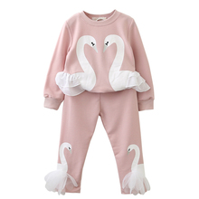 цены на Autumn Winter Girls Clothes 2pcs Set Christmas Outfit Kids Clothes Tracksuit Suit For Girls Clothing Sets 40  в интернет-магазинах