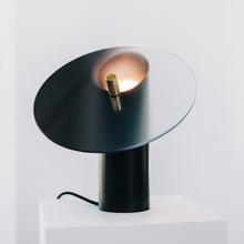 Lampka nocna LED postmodernistyczna lampa stołowa oświetlenie wewnętrzne szklane biurko lampa Model kreatywny pokój badania sypialnia tanie tanio WOODSMAN ROHS CN (pochodzenie) Łóżko pokój Black D192 Szkło iron Us wtyczka 90-260 v Pokrętło przełącznika Żarówki led
