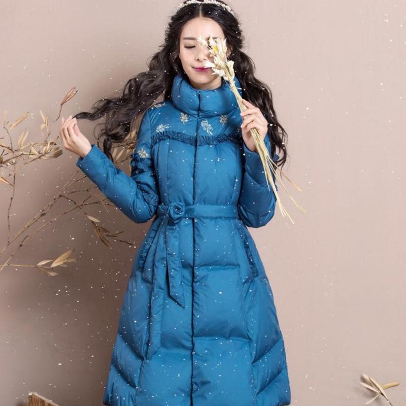 In de winter 2017 nieuwe vrouwen temperament cultiveren moraal geborduurde riem lange donsjack light string - 2