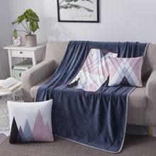 2 em 1 cobertor de esteira de viagem de veludo multifuncional, pode ser dobrado em um travesseiro