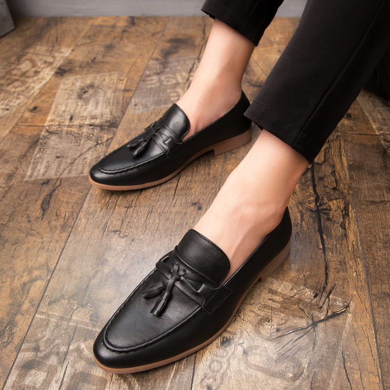H8bb330e25e1c422a94cc185c4ec26c7eN Summer Outdoor light soft Leather Men Shoes Loafers Slip On Comfortable Moccasins Flats Casual Boat Driving shoes size 38-47
