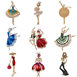 Fashion Rhinestone Dancing Boy and Girl Drawing Oil Figure Character Brooch Pin Women Girl Enamel Dress Small Dress Accessories