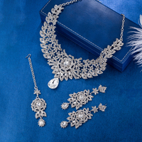 Classic Indian Bridal Necklace Earrings and Frontlet set Luxury Bridal Wedding Crystal Rhinestones Jewelry sets Fashion Jewelry