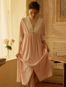 Camisones largos Vintage de princesa de algodón rosa para mujer, camisa Sexy de media manga con cuello en V profundo, camisa de noche, vestido de encaje suelto de talle grande de noche