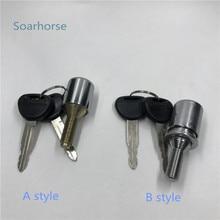 Soarhorse Car Spare Wheel tire Lock with key for Mitsubishi Pajero montero V24 V31 V32 V33 V36 V43 V44 V45 V46 V73 V77 4G54