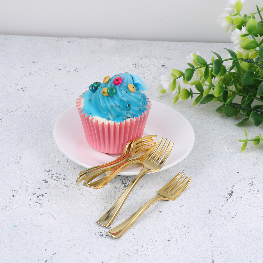 24pcs Disposable Mini Forks Fruit Dessert Pudding Forks Party Supplies for Restaurant KTV (Rose Gold)