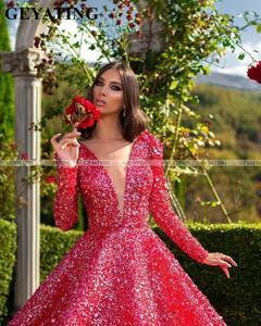 Image 3 - Luxo vermelho penas vestido de baile dubai vestidos de baile manga comprida com decote em v sem costas árabe formal vestido 2020 elegante feminino vestido de noite