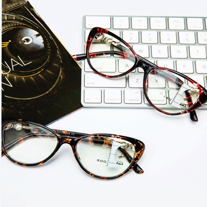 Women Fashion Cat Eye Glasses Leopard Retro Vintage Multifocal Reading Glasses Progressive Bifocal Tr90 Near Far Sight Designer
