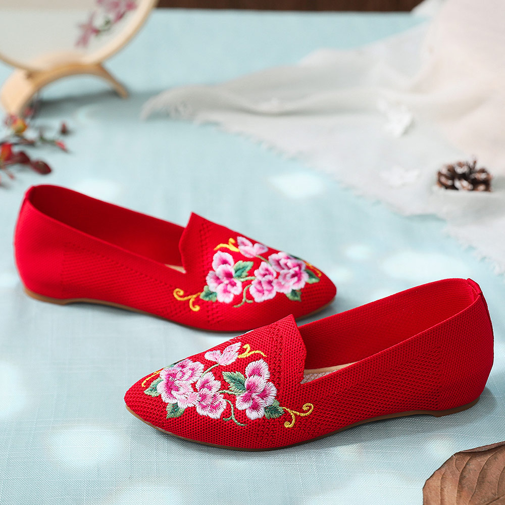 Image 3 - Veowalk Breathable Cotton Fabric Women Pointed Toe Flat Shoes Floral Embroidered Ladies Casual Walking Shoes Retro LoafersWomens Flats   -