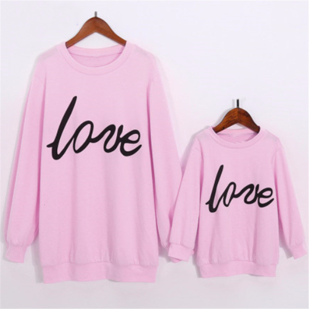 Family Matching Clothes Mother Daughter Clothing Fall Winter Mommy And Me Fashion Pink Letter Love Print Warm Sweatshirt