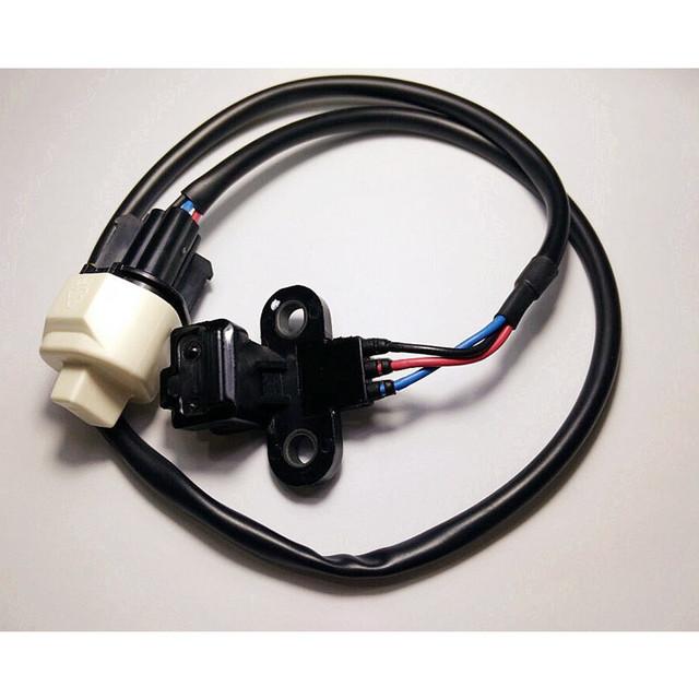 Brand New MD303649 Crankshaft Position Sensor MD303643 ME202070 ME202590 for 97-03 Mitsubishi Montero Sport 3.0L-V6