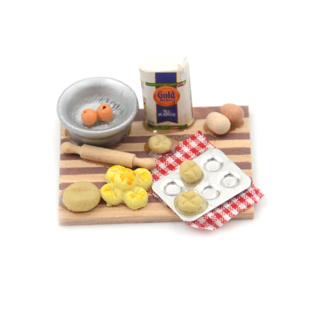 Colorful 1Set 1:12 Dollhouse Miniature Kitchen Food Eggs Milk Bread On Board For Kids Role Play Game Tableware Cookware