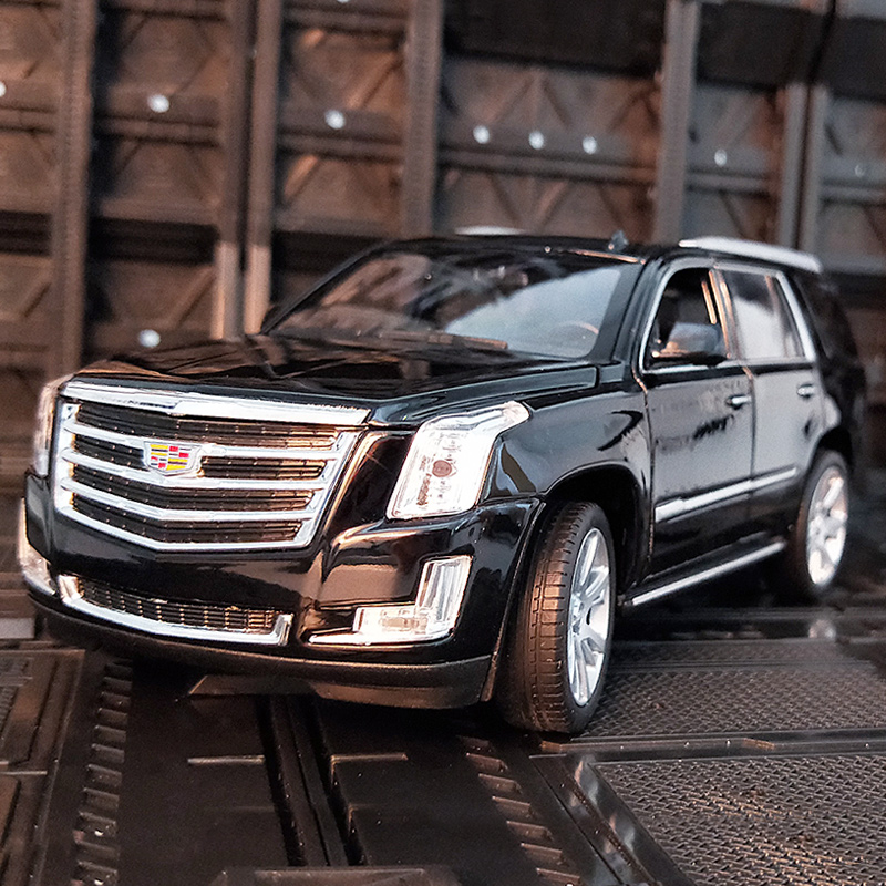 Welly 1:24 Cadillac Escalade Alloy Car Model Diecasts & Toy Vehicles Collect Gifts Non-remote Control Type Transport Toy