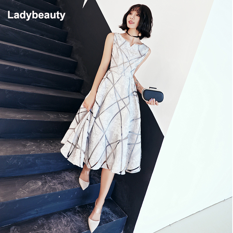 Ladybeauty New Arrival Luxury Scoop Collar Sleeveless Embroidery Zipper Cocktail Dresses A-line Tea Length Formal Dress