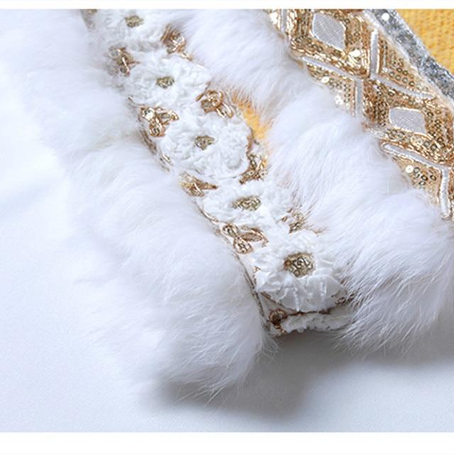 Design automne Original hiver femmes tendance nationale grand chapeau broderie paillettes doux oie jaune Long manteau de laine