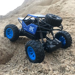 1:18 High Speed Alloy RC Car 2.4G Remote Control Off-road Climbing Vehicle Toy Big Horsepower Monster Truck For New Year Gifts